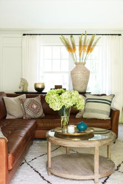 Living Room 3 - Window.jpg