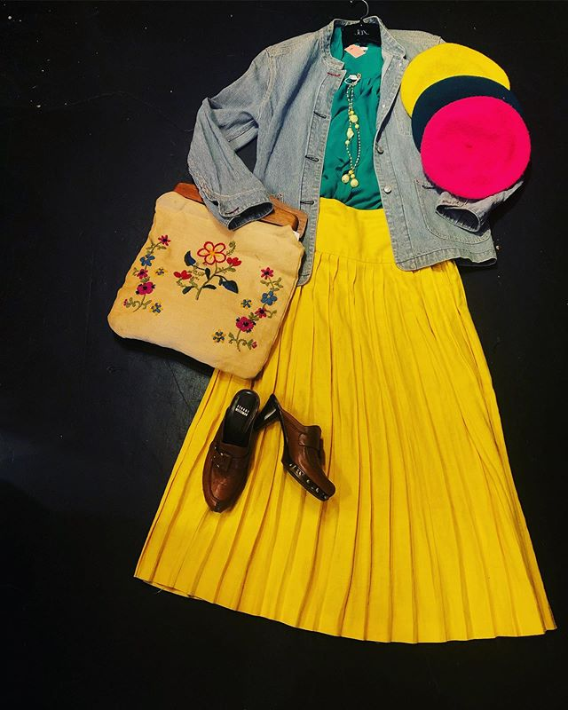 "Add some brightness to your wardrobe on this dull day!  Berets! $16 👩🏼‍🎨👨🏼‍🎨👩🏼‍🎨 Gap ""painters"" style vintage denim jacket: Medium/ Large - $30  Silk Babaton tank: Small - $28 🌿🌿 Mellow-yellow Linen Pleated Skirt: Size 6 - $35 🐥🐥 Beautifully hand- crafted purse: 20 🌸 Stuart Weitzman ""clogs"": Size 7 - $100 🥵🥵🥵 🍋🍋🍋 necklace: $17  We would love to see your smiling faces today!!! ☀️☀️"