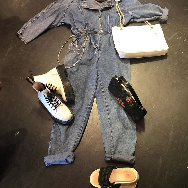 😎🌻 80's denim studded jumpsuit small $50 Chanel white shoulder bag $600 Vintage brown navy cap $30 Tapestry 50's purse $30 Dr Martens white platforms size 7 $110 (sold out!) Rag & Bone slip on size 8/8.5 $60 Waist chain $16 😎🌻😎🌻
