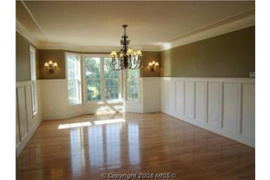 lot28diningroom.jpg