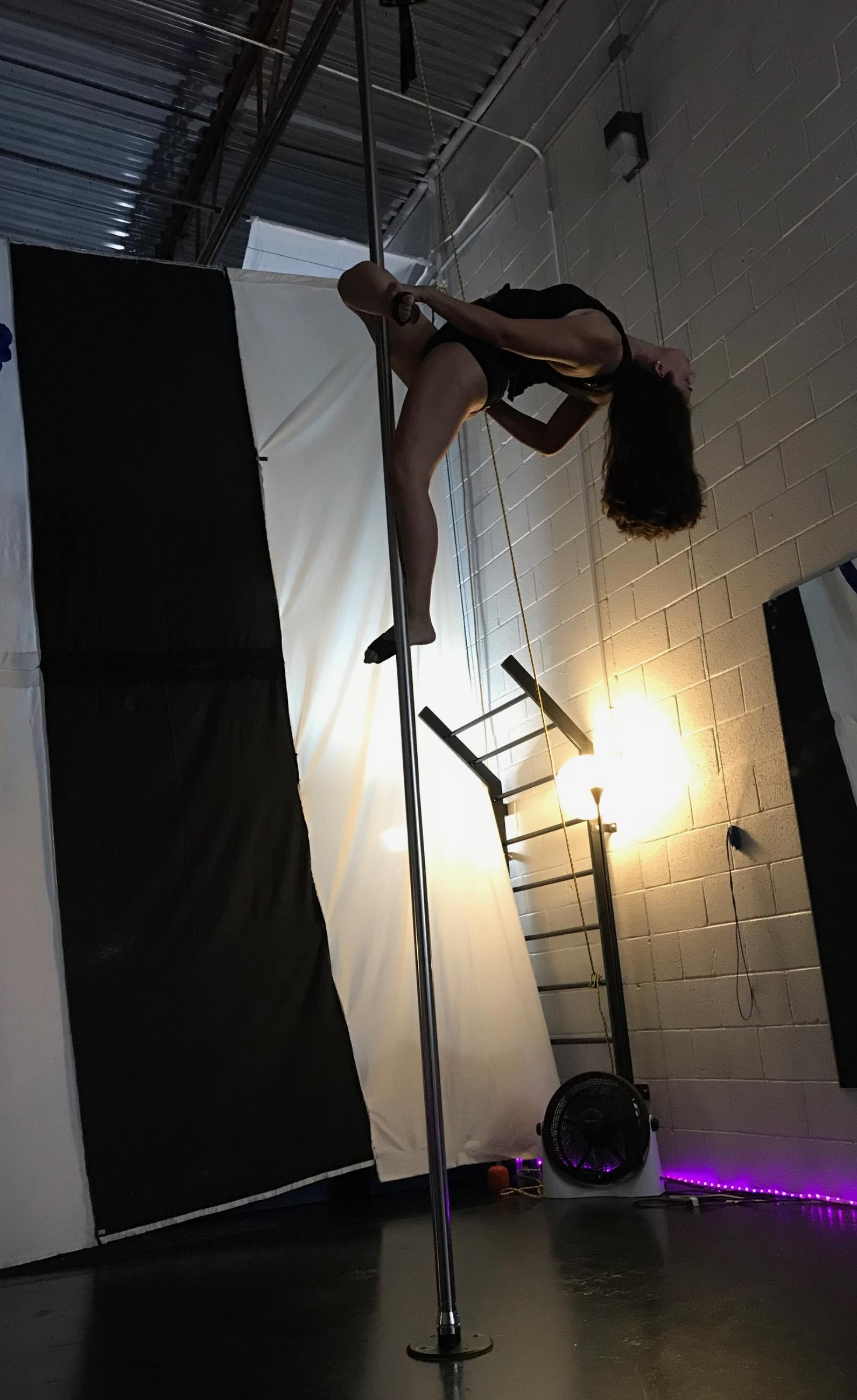 Pole - Monday &  Wednesday 6-7pm Pole 17-8pm Pole 28-9pm Pole 3/4Tuesday & Thursday 10-11am Pole 1Saturday:11-12pm Kids Pole Acrobatics