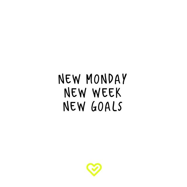 MONDAY THOUGHTS Have a great week everyone 💪 • • #MondayMotivation #Monday #SetGoals #FitnessInspo #GetFit #ActiveLifestyle #QuoteOfTheDay #Fitspo #YouLiveLifeWell #LondonFitness #PersonalTrainer