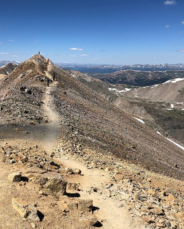 Another beautiful day in the Colorado high country. We had to go back and knock out Lincoln, Cameron, and Bross. Fun little loop! #colorado #14er #dirtchurch