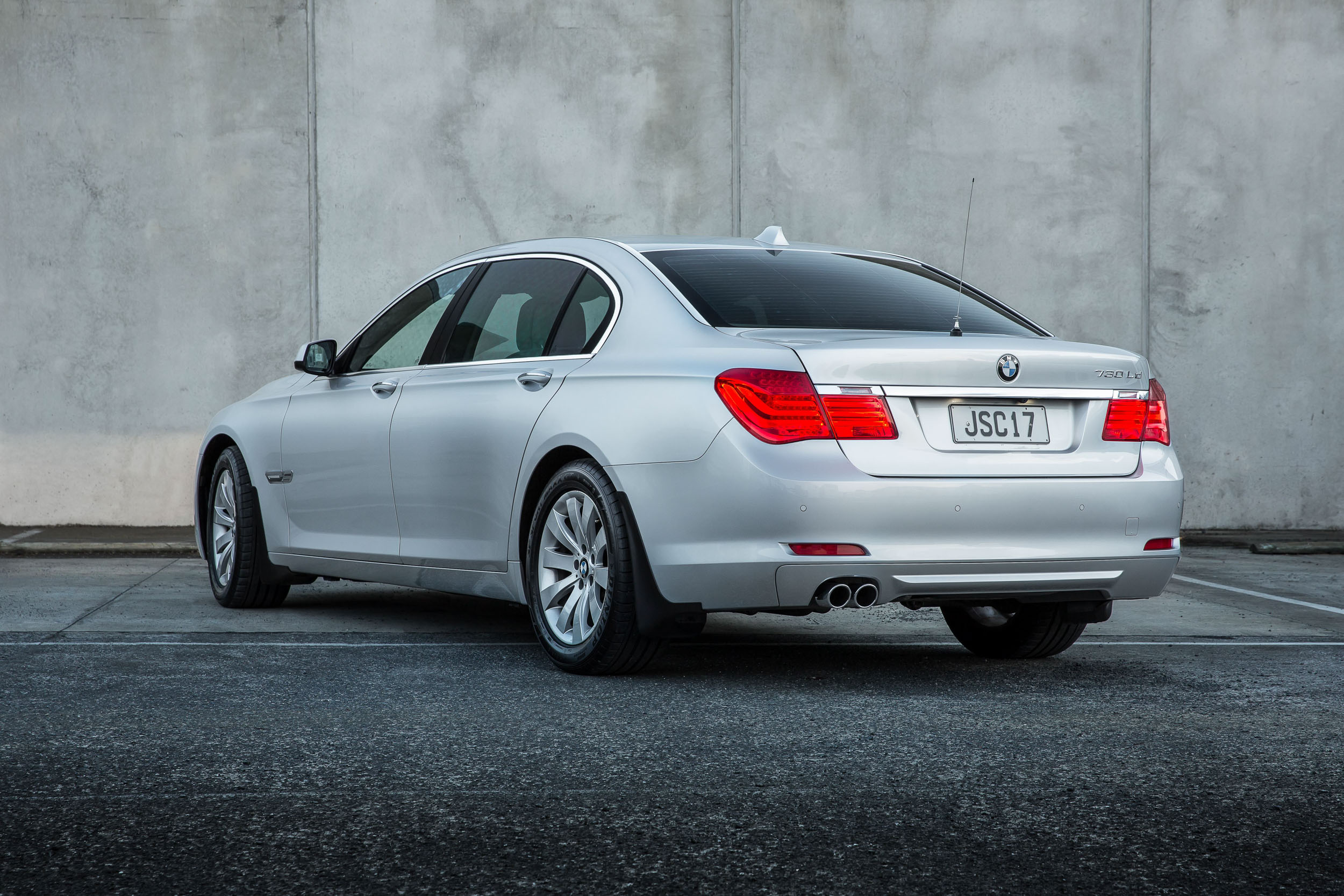 BMW 730d Rear quarter - web resolution.jpg
