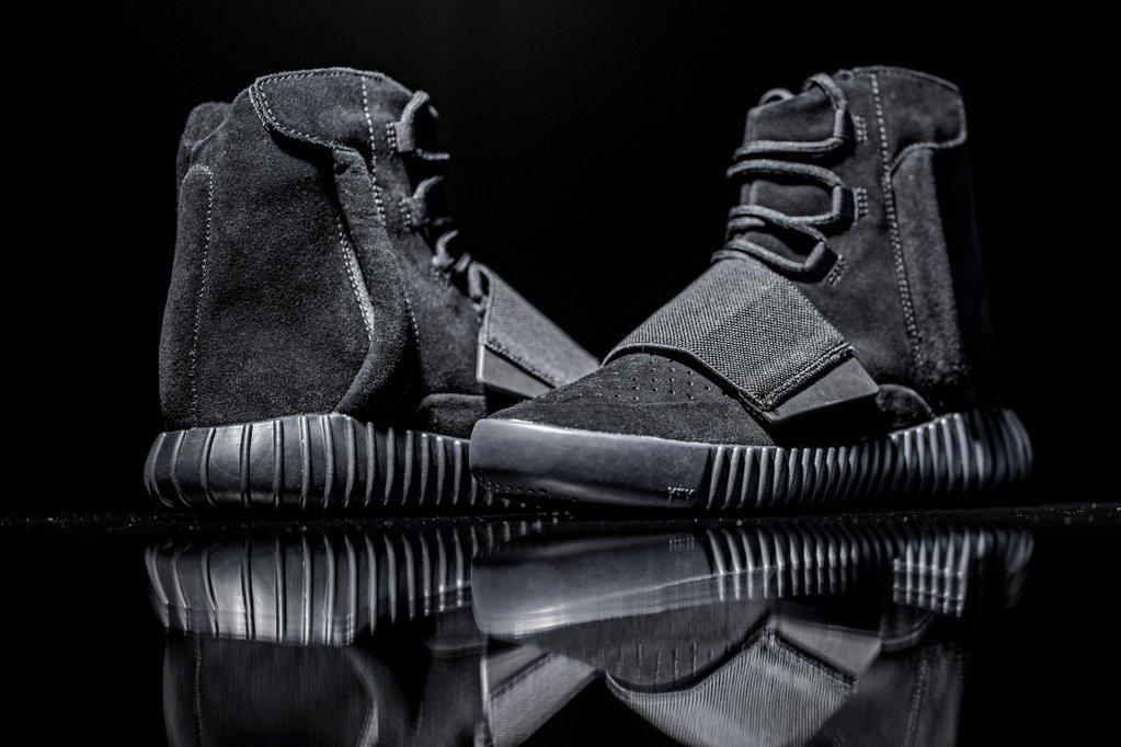 adidas-originals-triple-black-yeezy-boost-750-002.jpg