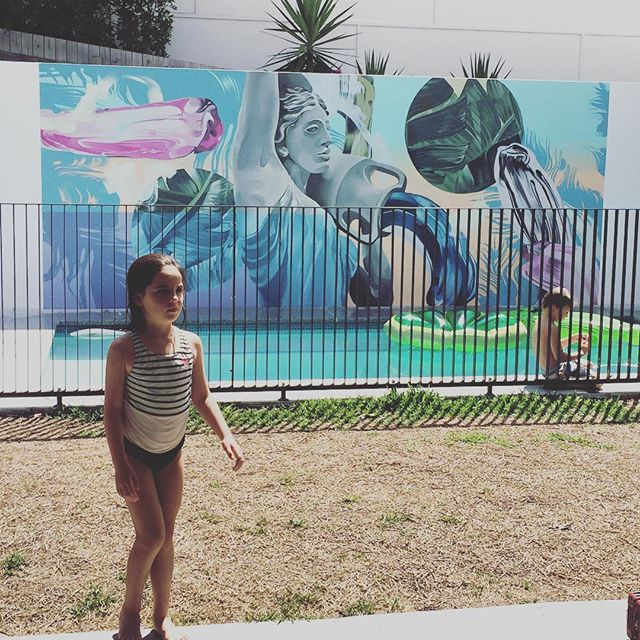 Sundays by our pool made even lovelier by this amazing piece of artwork designed and painted by Em Devers @_onlymimi #artwork #mural @frankandmimi