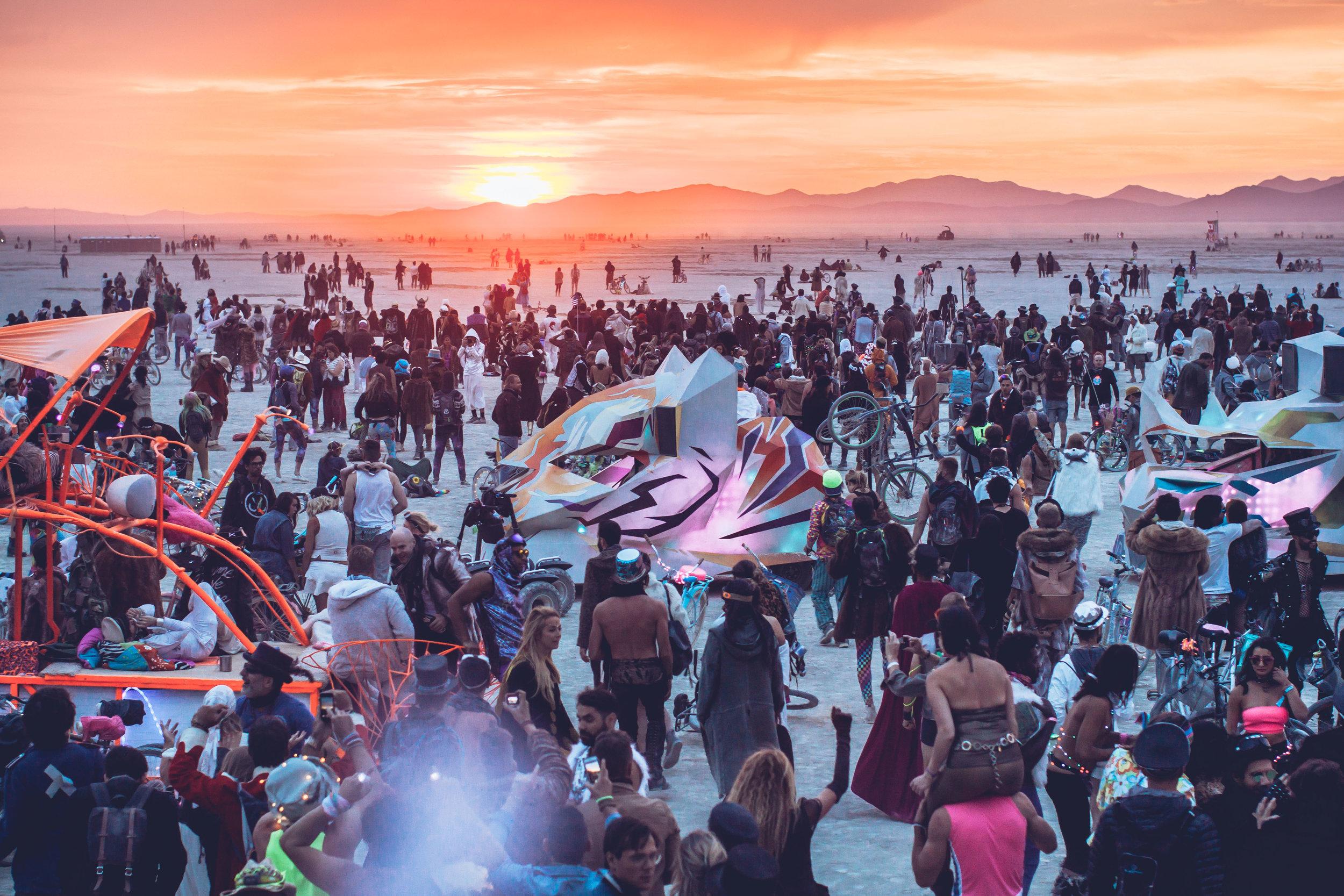 Da Vincis Workshop   Burning Man '16