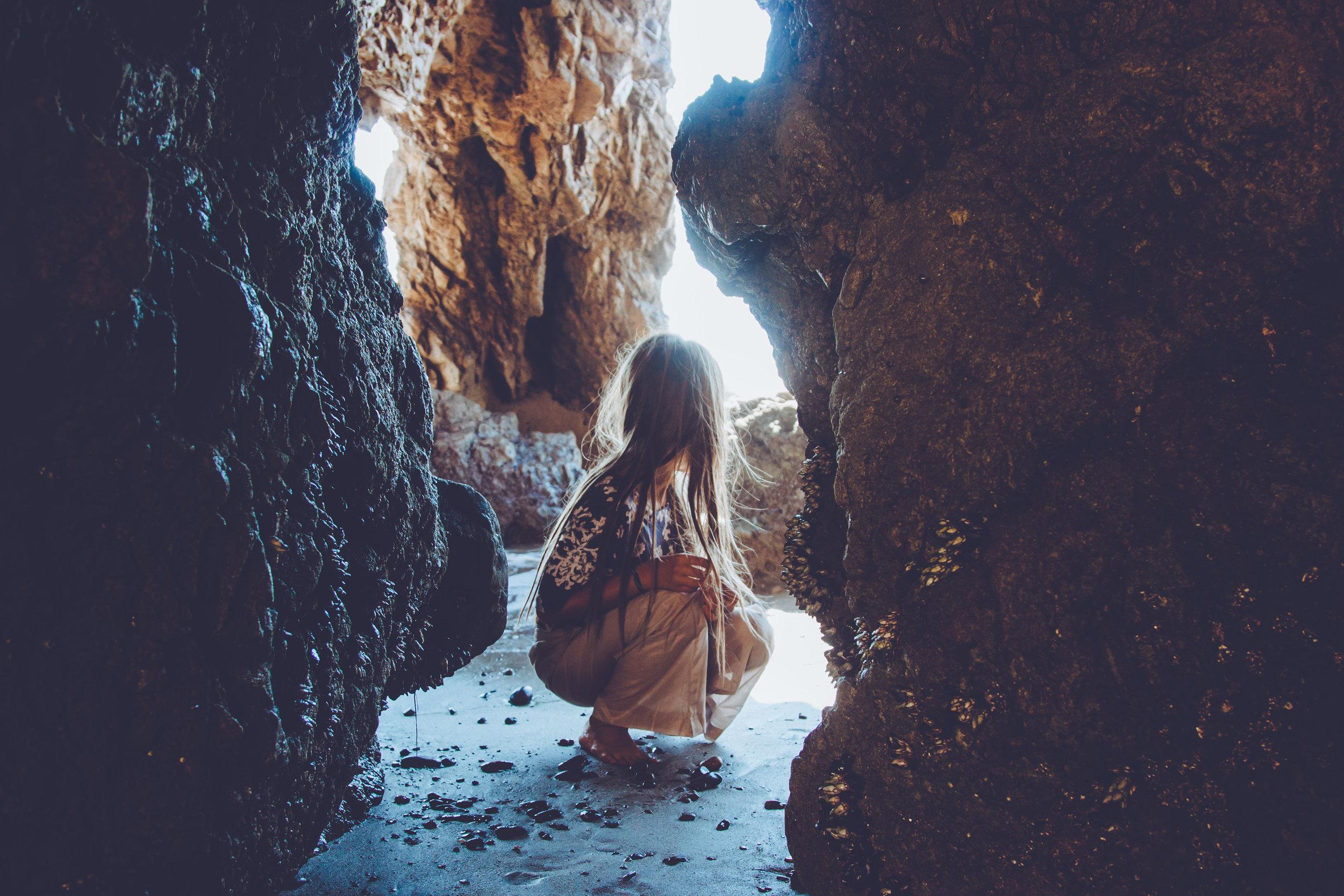 CAVES | MALIBU