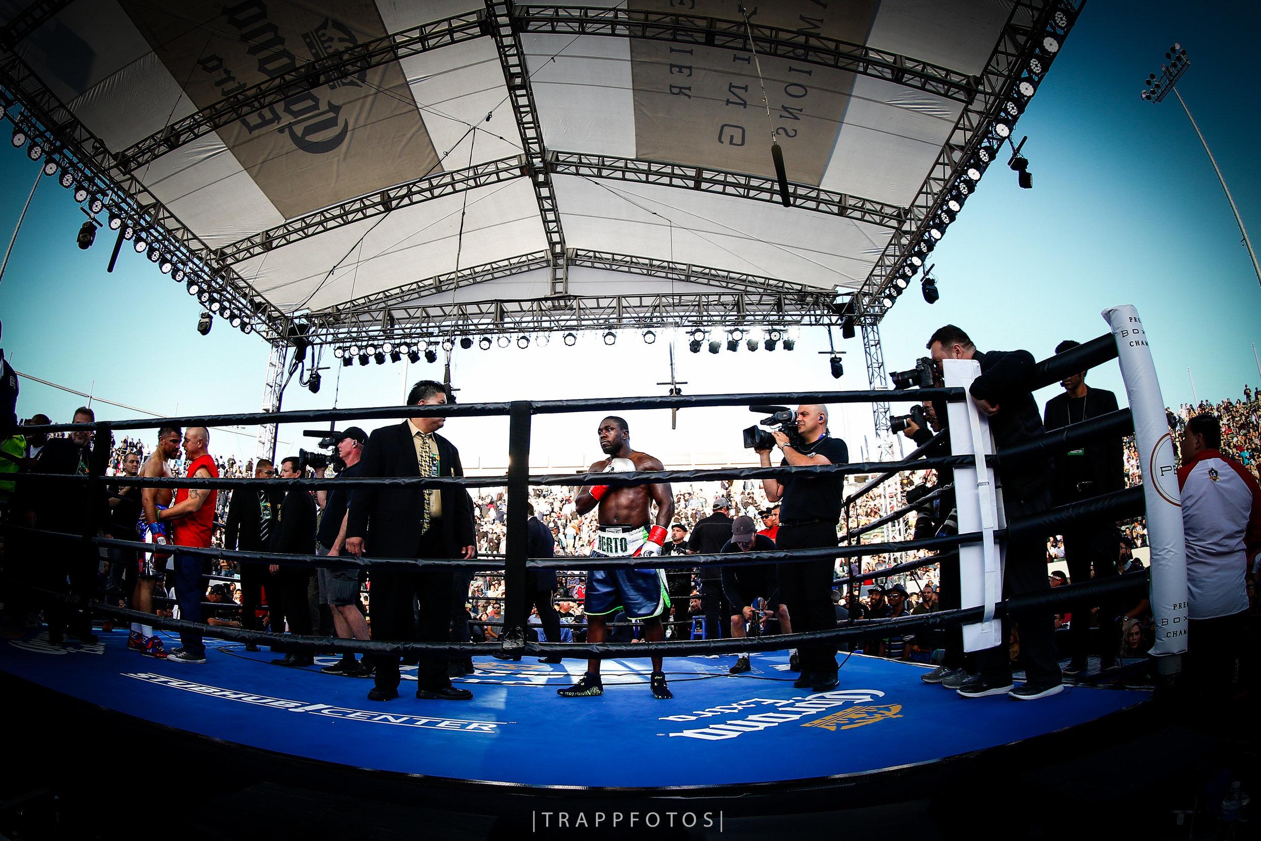 LR_BERTO VS ORTIZ-FIGHT WEEK-TRAPPFOTOS-04302016-8948.jpg