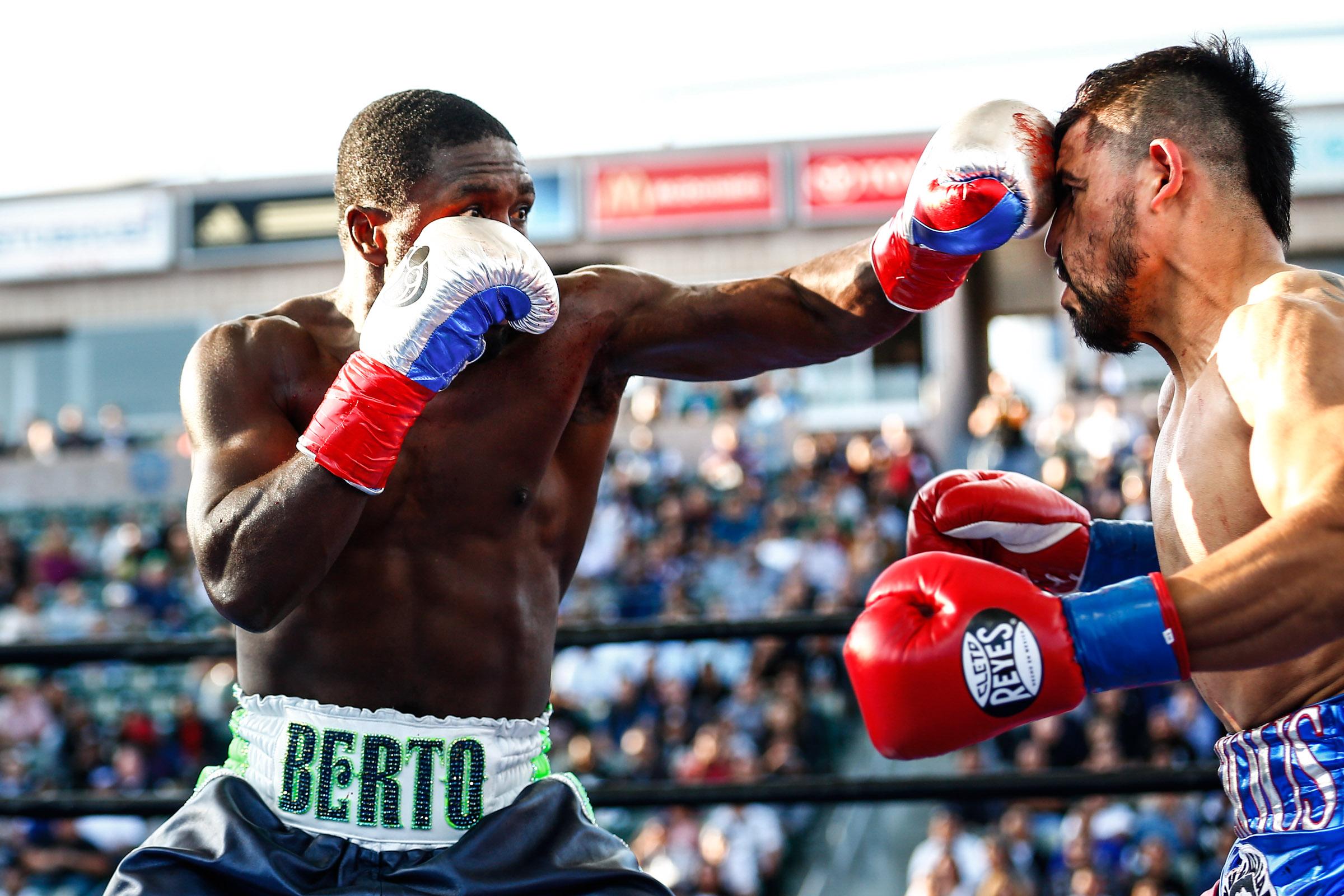 LR_BERTO VS ORTIZ-FIGHT WEEK-TRAPPFOTOS-04302016-8657.jpg