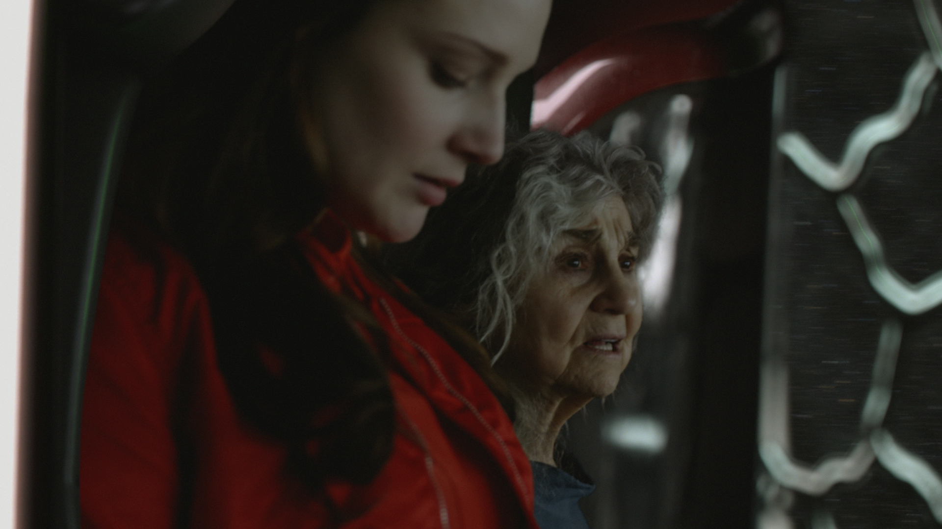 Beautiful Dreamer - Mom (Jo Armeniox) and an older Amy (Lynn Cohen) united at last in travel, March 2, 2129.