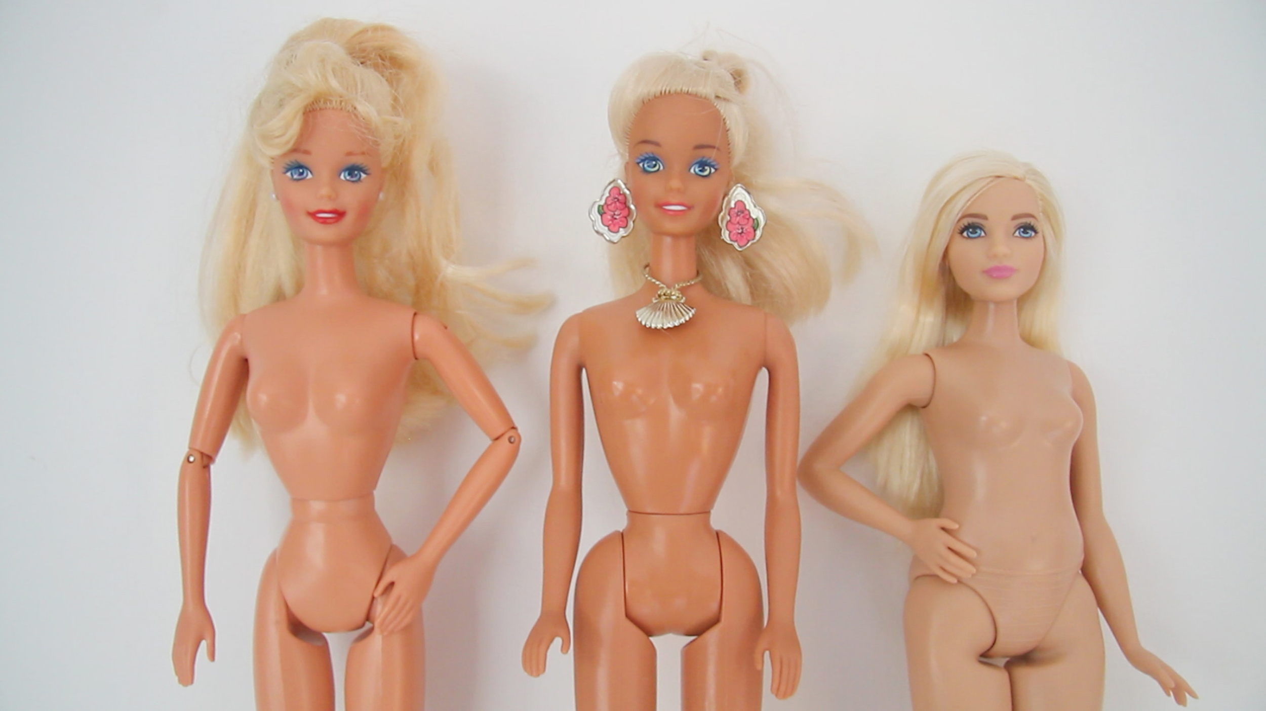 Measure Up - Introduction of Barbie Fashionistas 'Curvy' Barbie alongside Barbie dolls from 1990s/early 2000s - June 2016