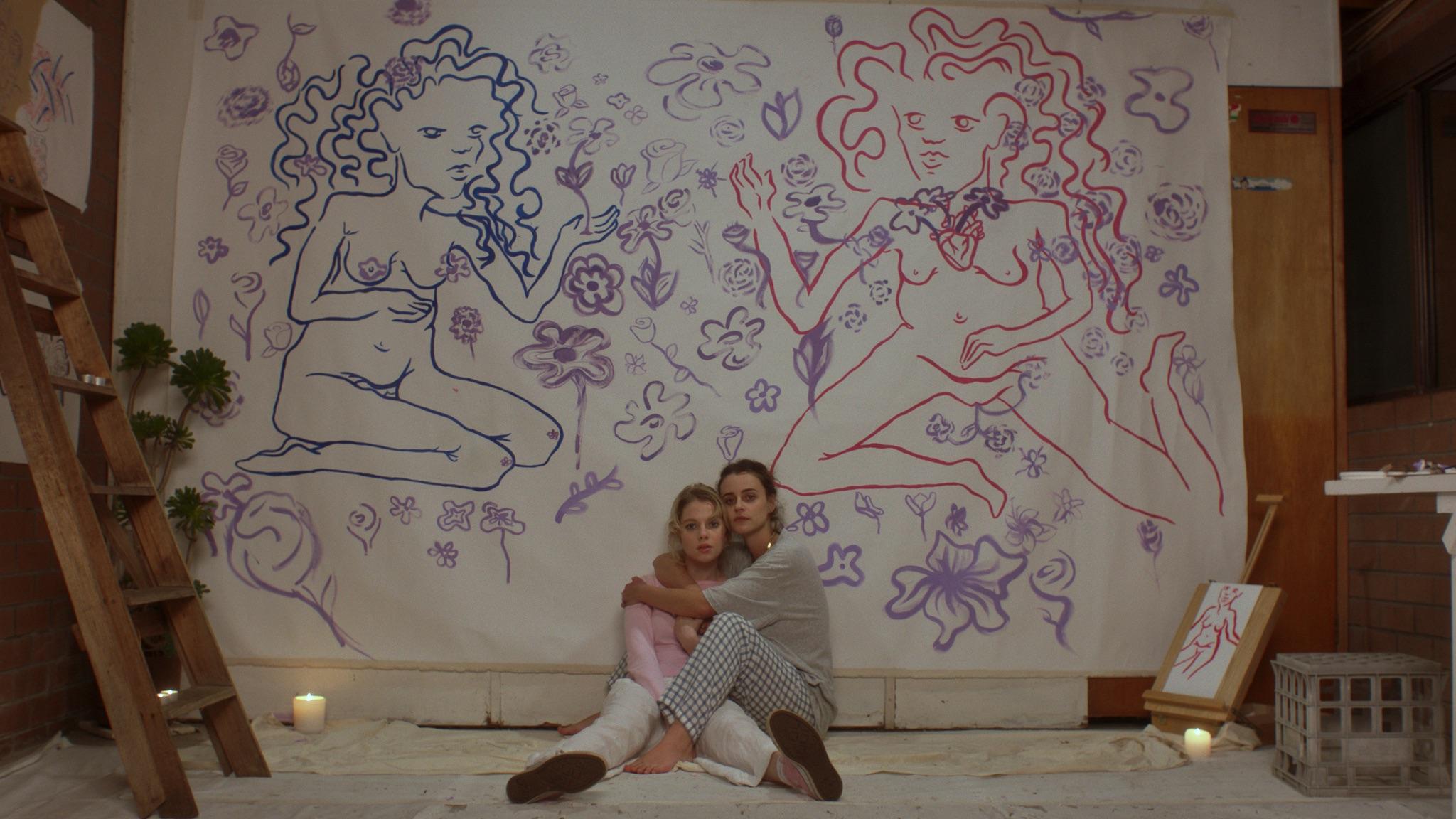 Poppy (Ella Newton) and Ivy (Emma)