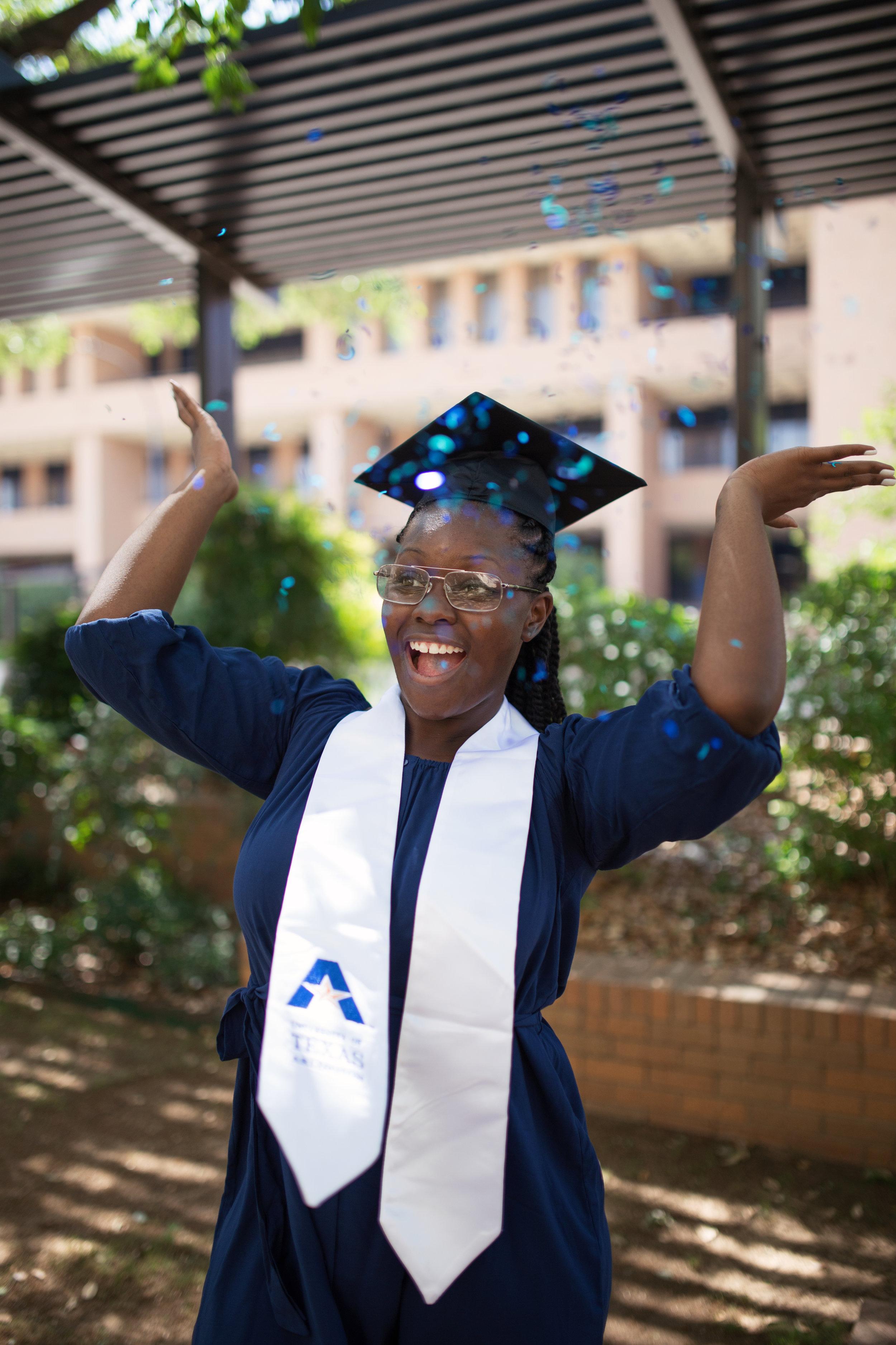 Tiara_UTA_Graduation-57.jpg