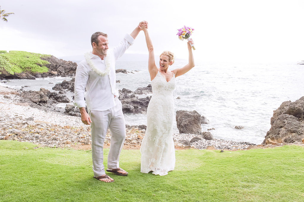 bliss-maui-wedding-kukahiko-estate-love-and-water-photography-erika-joe-15.jpg