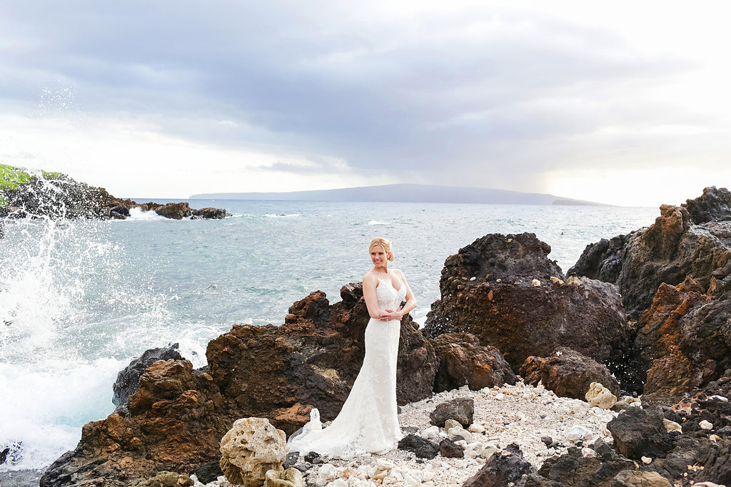 bliss-maui-wedding-kukahiko-estate-love-and-water-photography-erika-joe-24.jpg