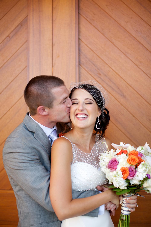 Glamorous Maui wedding couple at Sugar Beach Estate