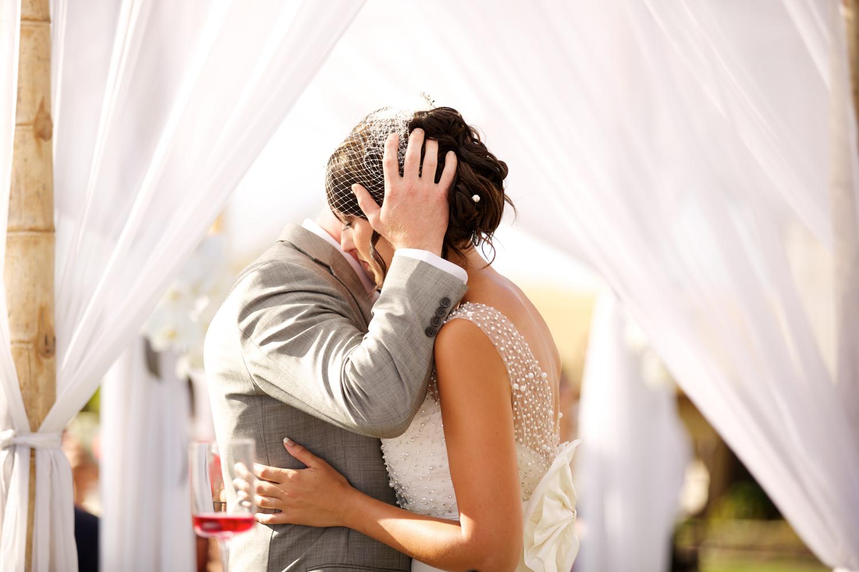 bliss-maui-wedding-sugar-beach-events-anna-kim-photography-katelyn-eric-10.jpg