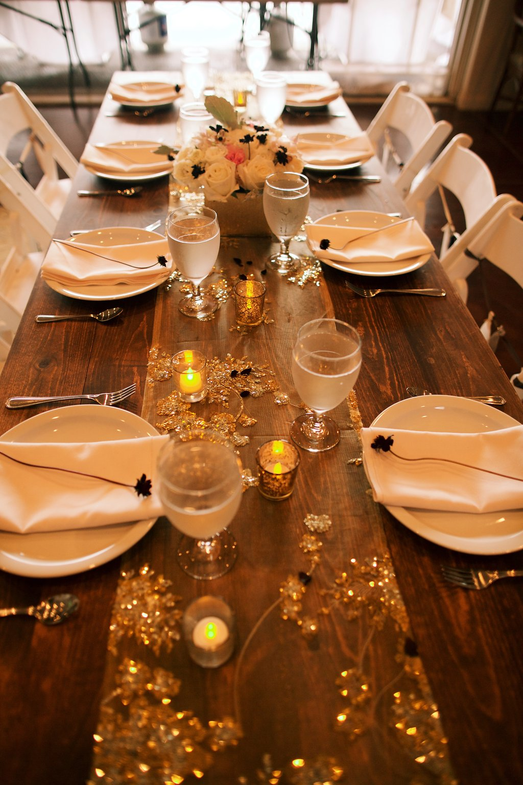 hawaii wedding reception dinner table