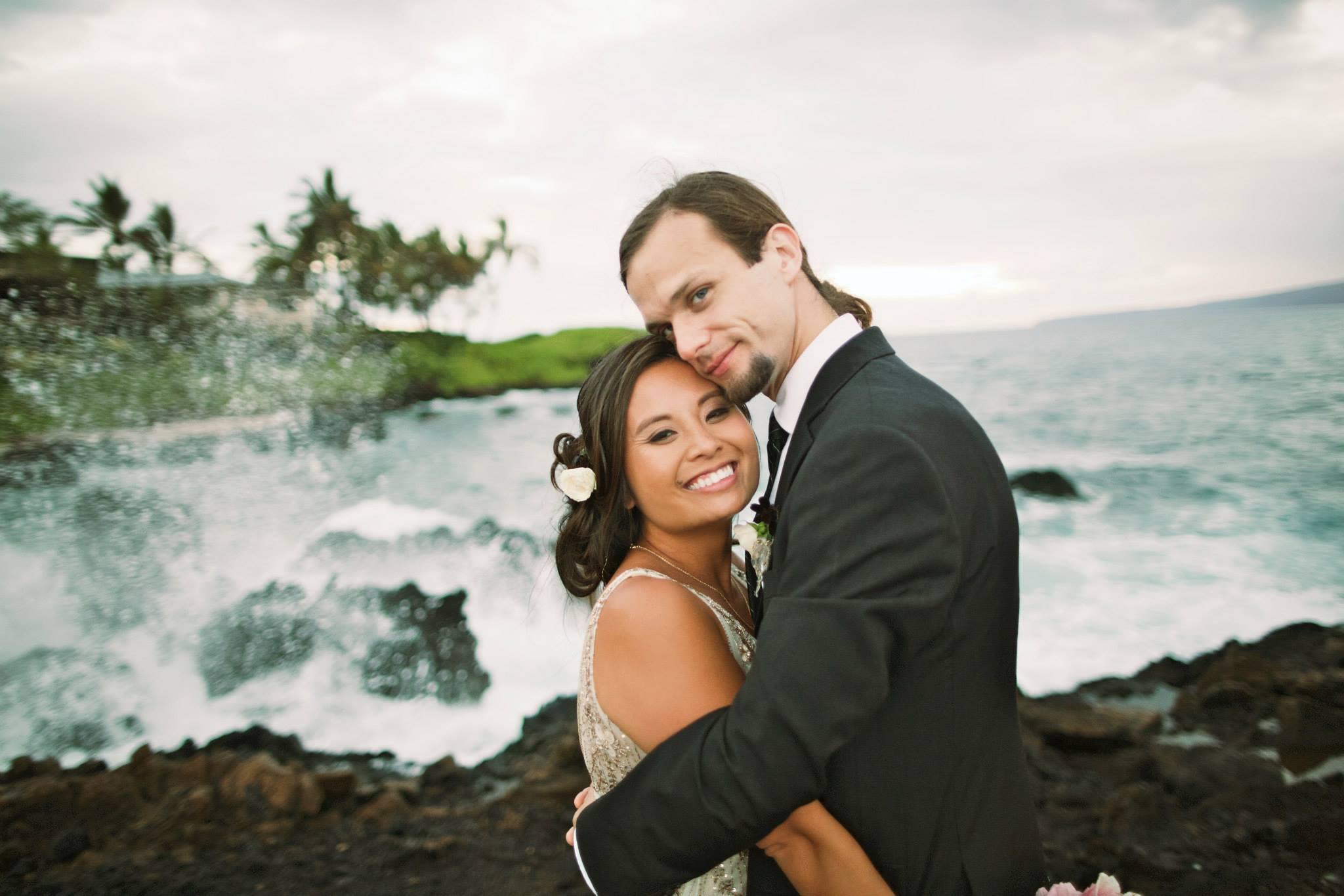 beach front hawaii wedding