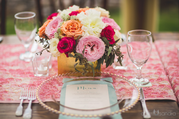 wedding florals and table setting