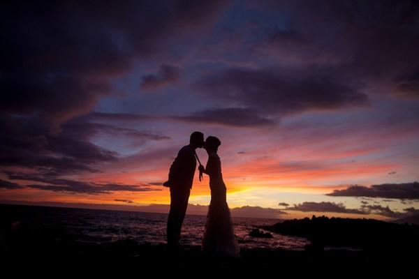 "Epic Maui Hawaii Sunset ""Just Maui'd"" Kiss"