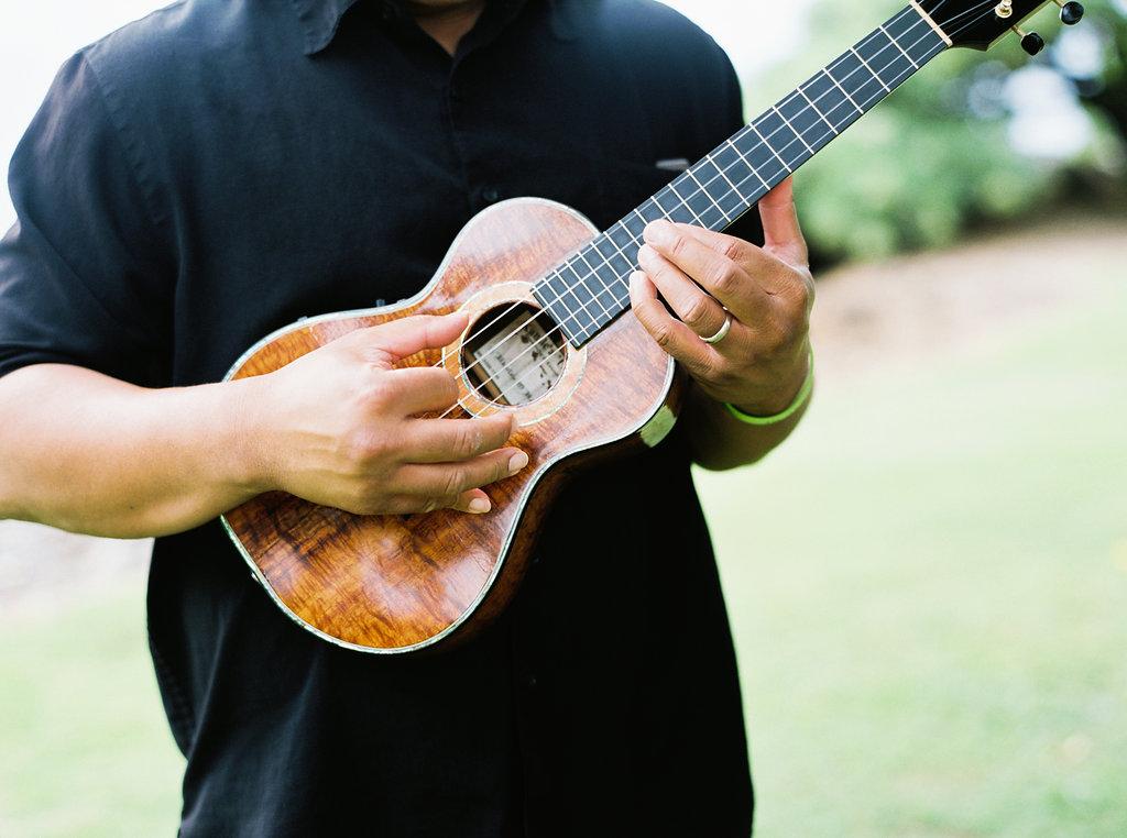Bliss Maui Wedding - ukulele