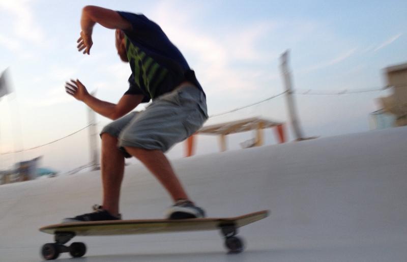 Surfskate Wave and Carver Hotdogger