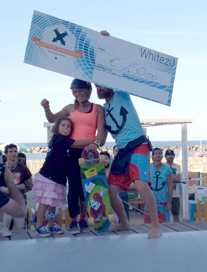 10 maggio 2015   Best Girl Overall Elisa Giambellano from Up Surf Madrid. Awarded by Stefano Lappi owner of Onda 'd Legn