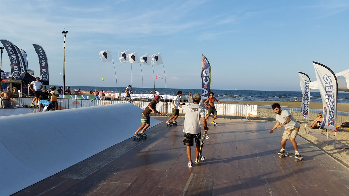 Surfskate Wave Training