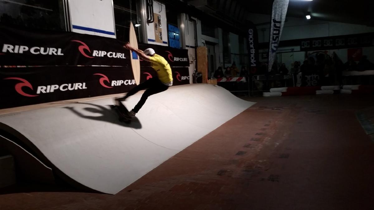 K&K Garage Surf Hut - Surfskate Urban Wave contest