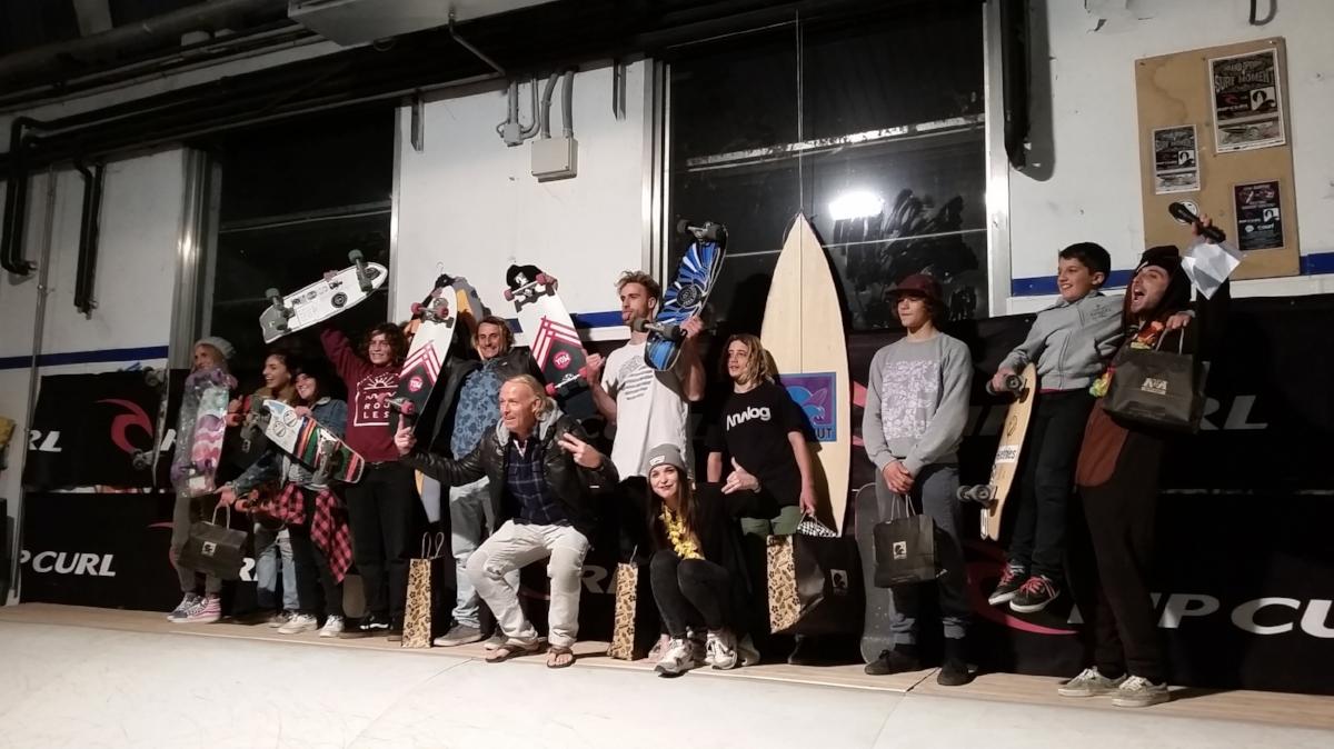 K&K Garage Surf Hut - Surfskate Wave contest