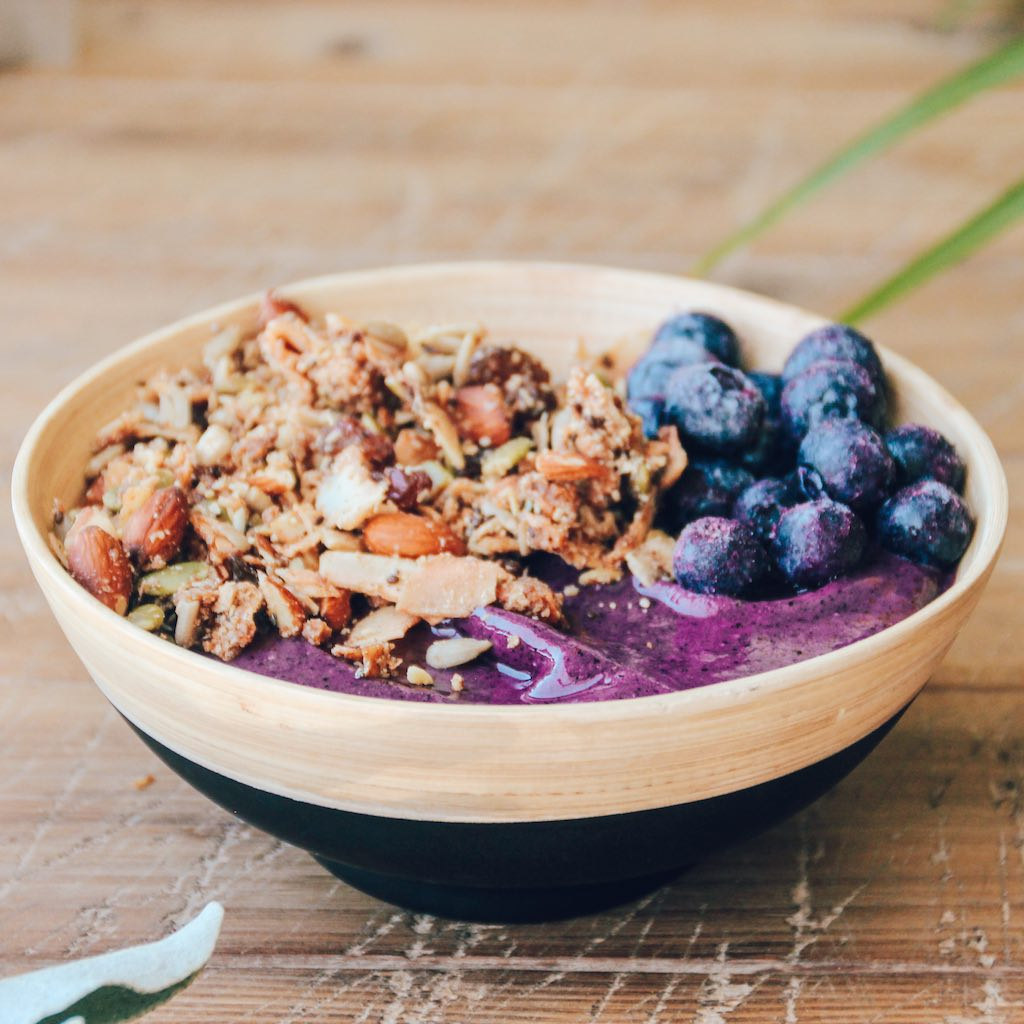 Blueberry Banana Smoothie Bowl - GATHERER HUNTER GRANOLA-2.jpg