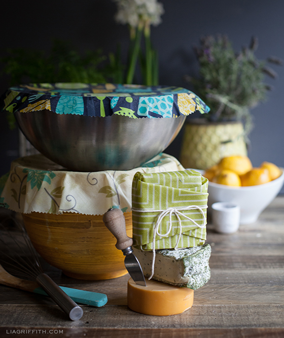DIY Reusable Bees Wax Wraps - image from Liagriffith.com