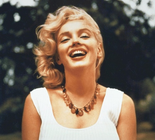 A pitiful excuse to show a pic of Marilyn