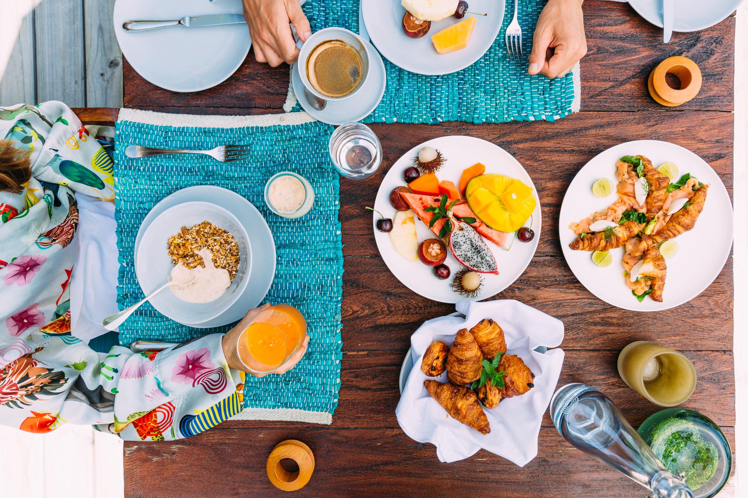 Villa Breakfast Table FR 5D3_1282.jpg