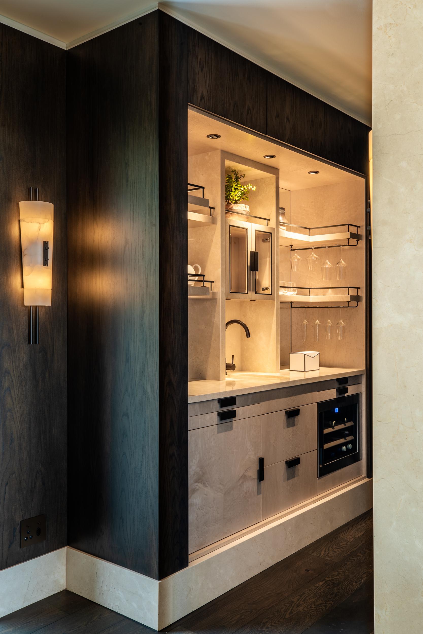 Delaire Graff - Superior Lodge Kitchen - 2500px.jpg