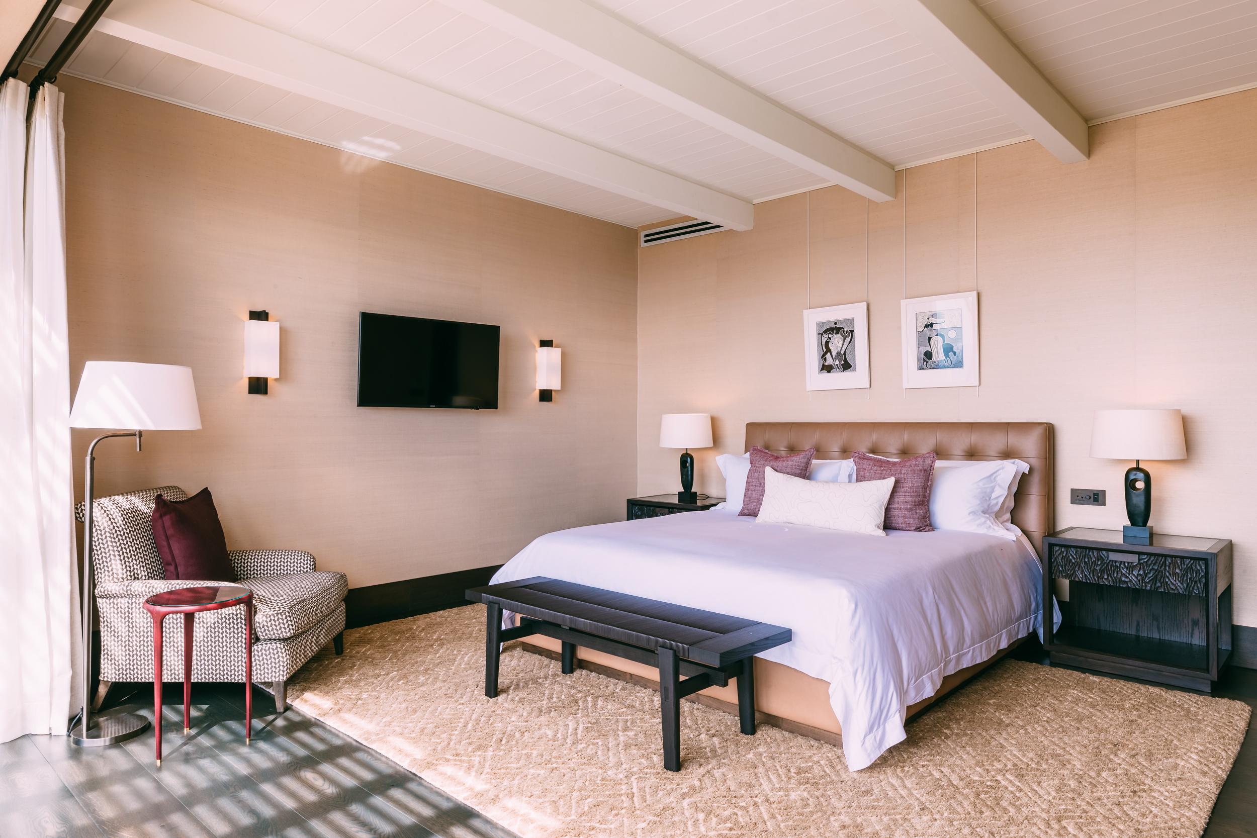 Delaire Graff - Superior Lodge Bedroom - 2500px.jpg