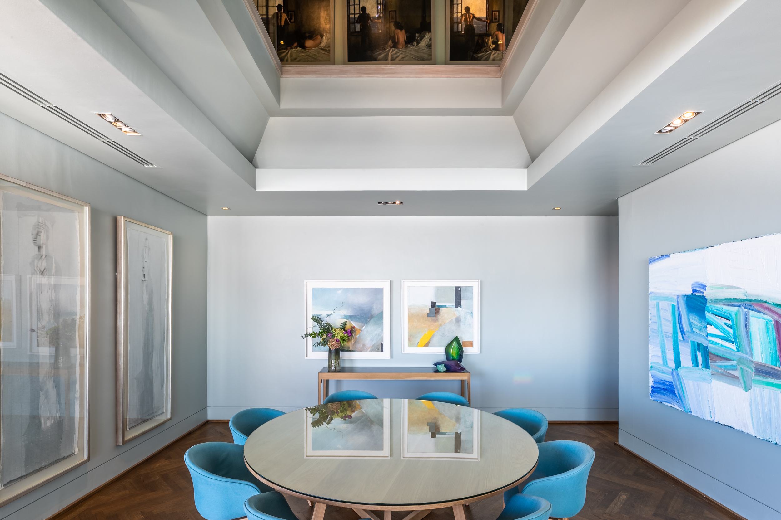 EH - Villa One - Dining Room - 2500px.jpg