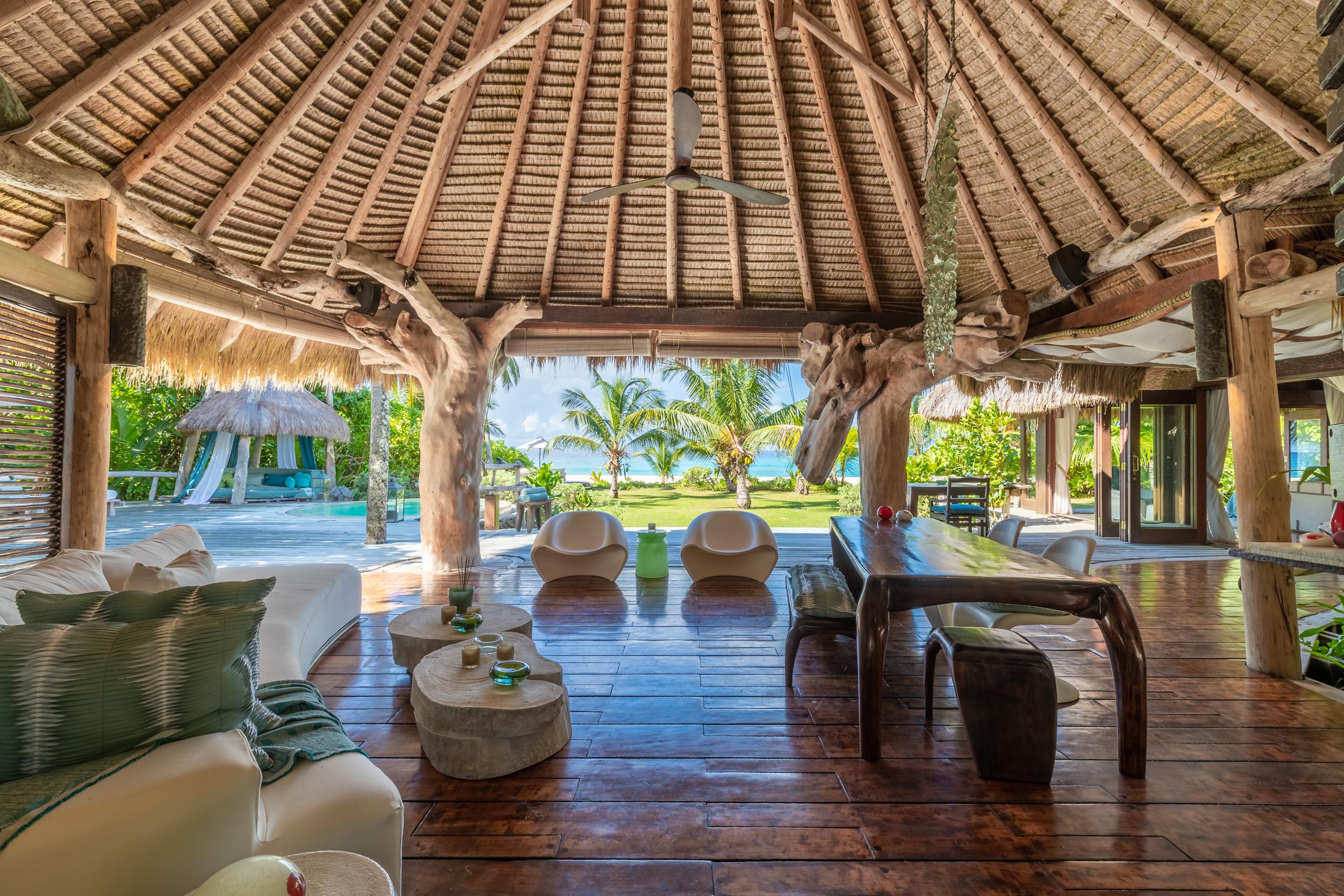 North Island - Presidential Villa - Living Room - 2500px.jpg