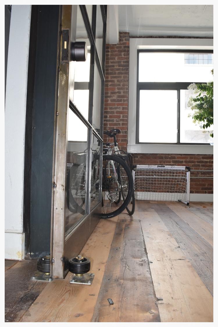 Lamps.com+close+up+of+front+door.jpg