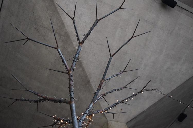 IBG+metal+tree+detail.jpg
