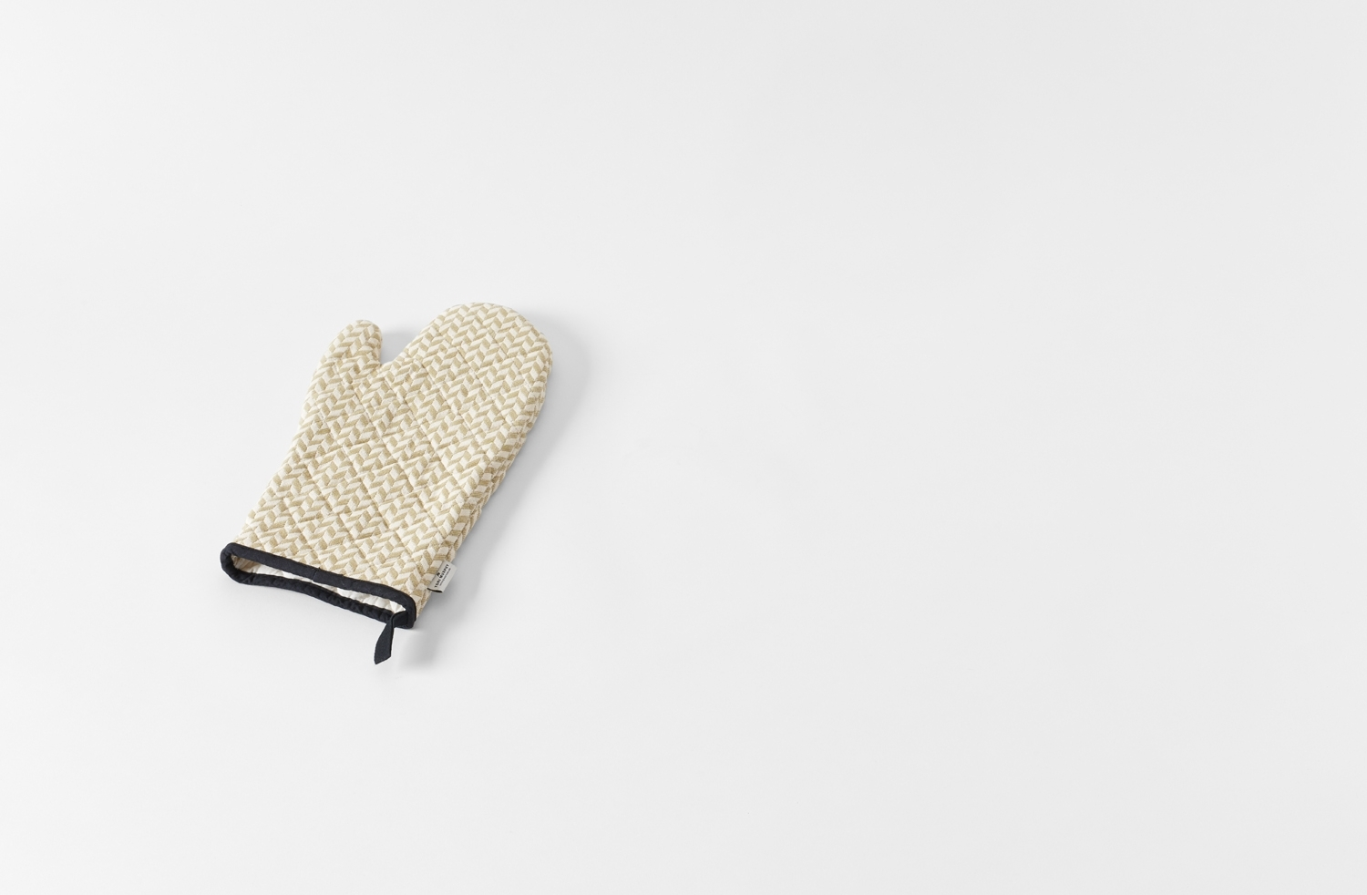 Herringbone Oven Mitt  Tori Murphy for March SF to keep you cozy this holiday season.