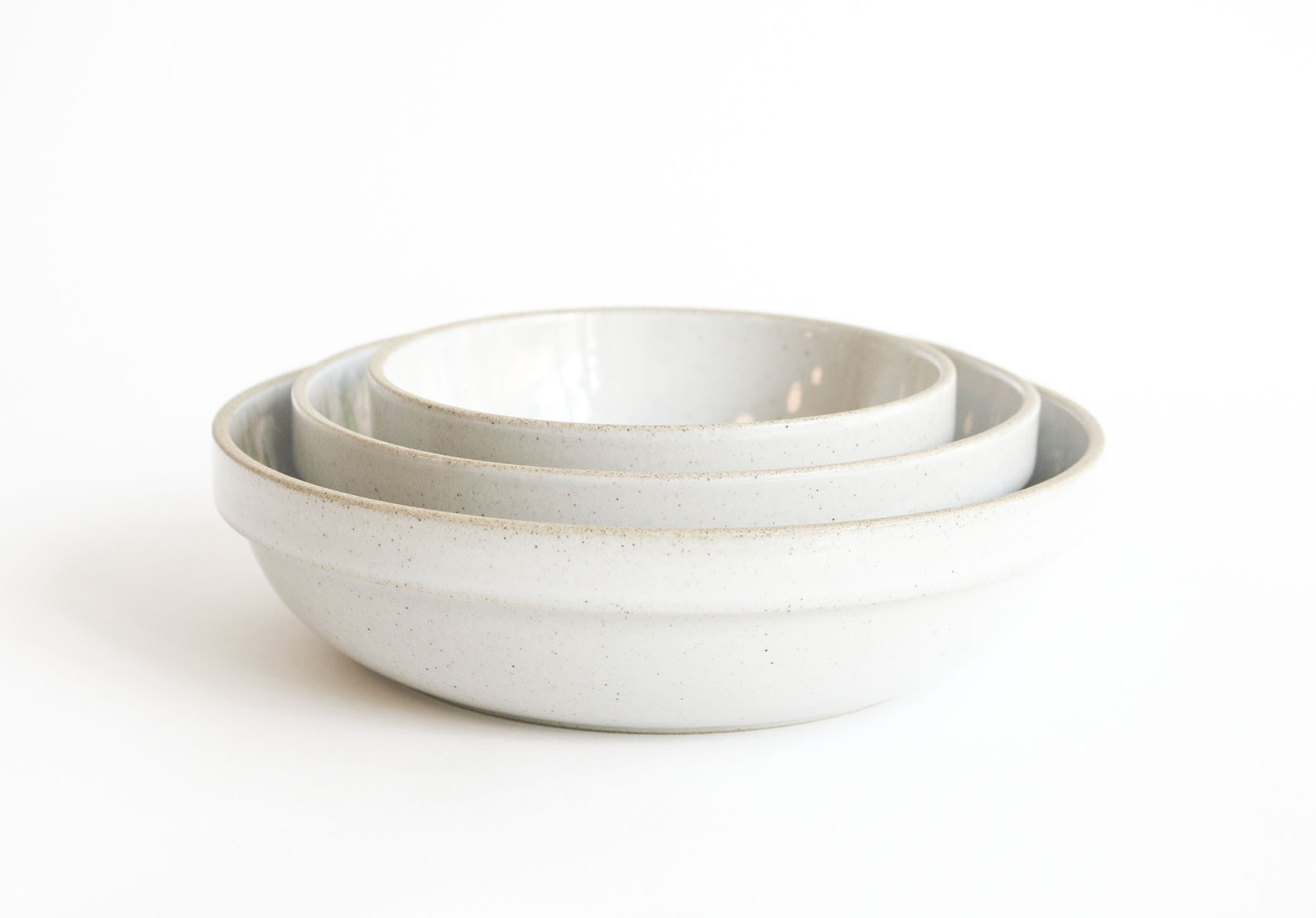 Gloss Grey Bowls  Gloss Grey Rounded Bowls made from Hasami Porcelain.
