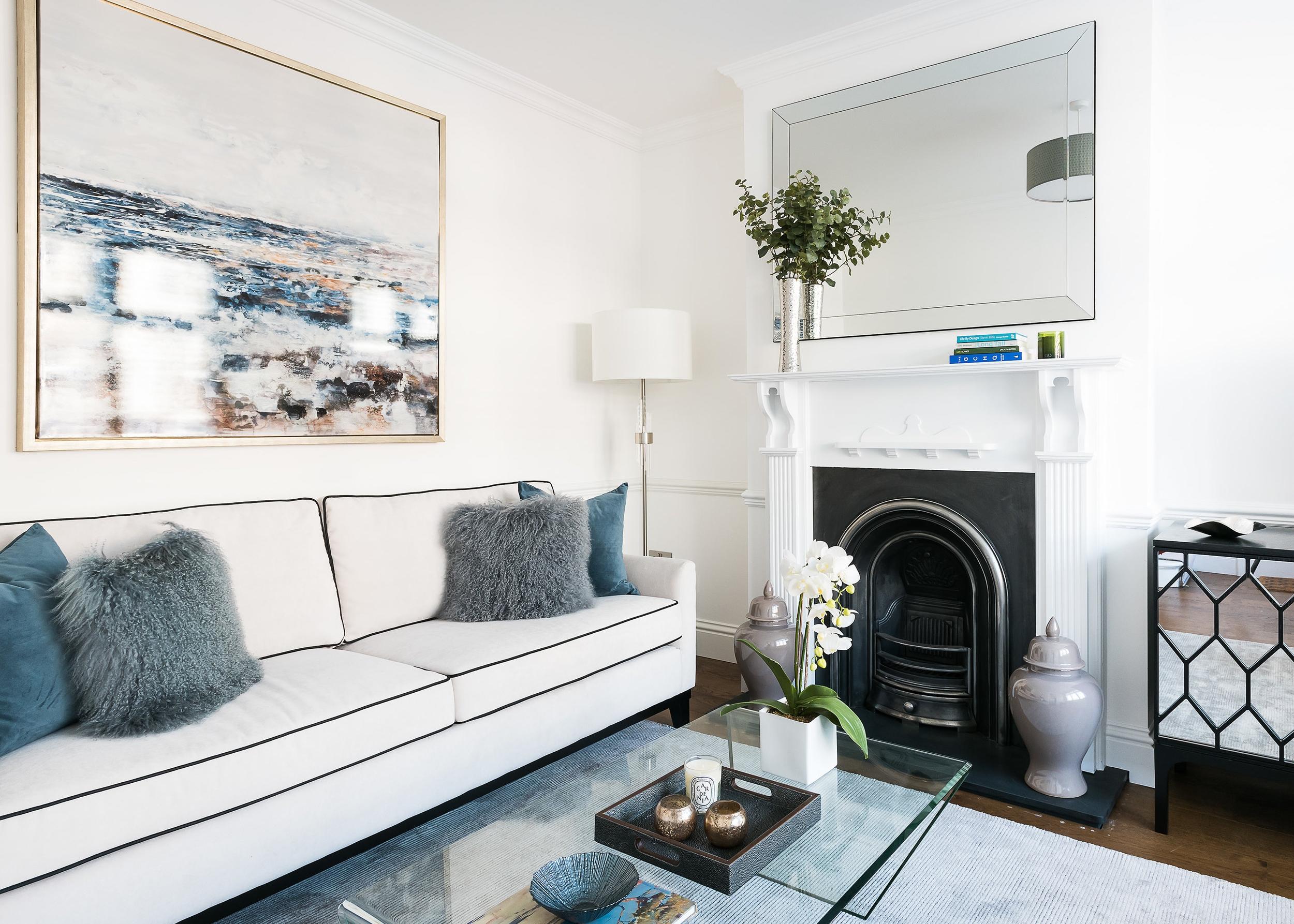 Elegant Urban Apartment