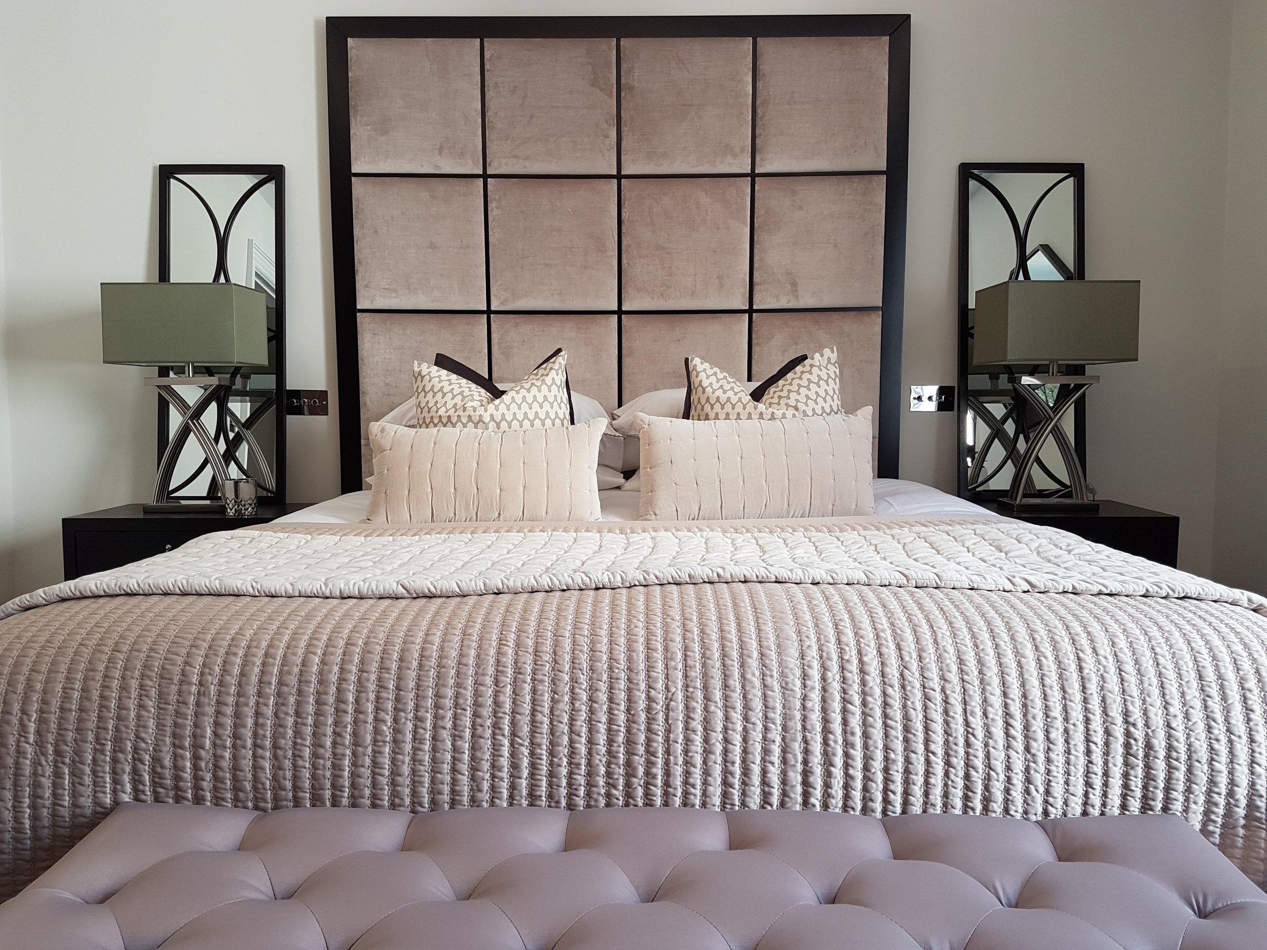Knightsbridge apartment 1 Featured.jpg