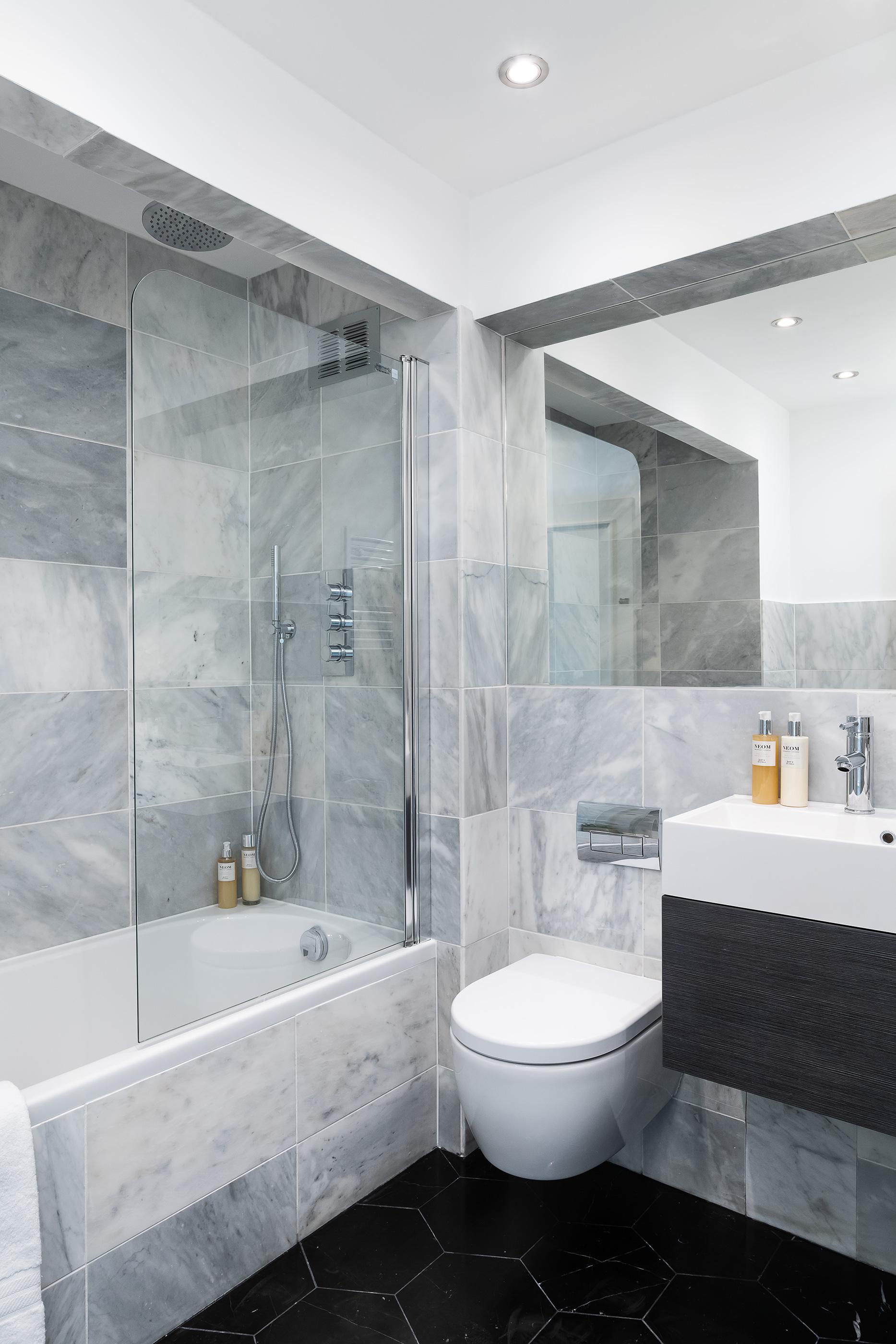 Bathroom_VR_10.jpg