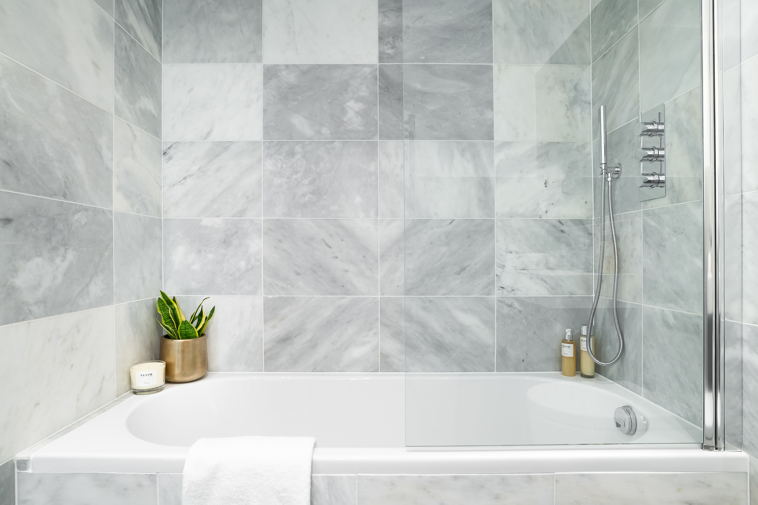 Bathroom_VR_11.jpg