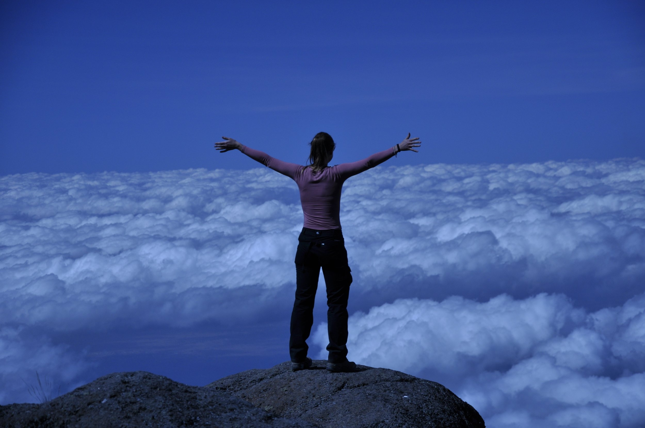 climbing_mount_kilimanjaro