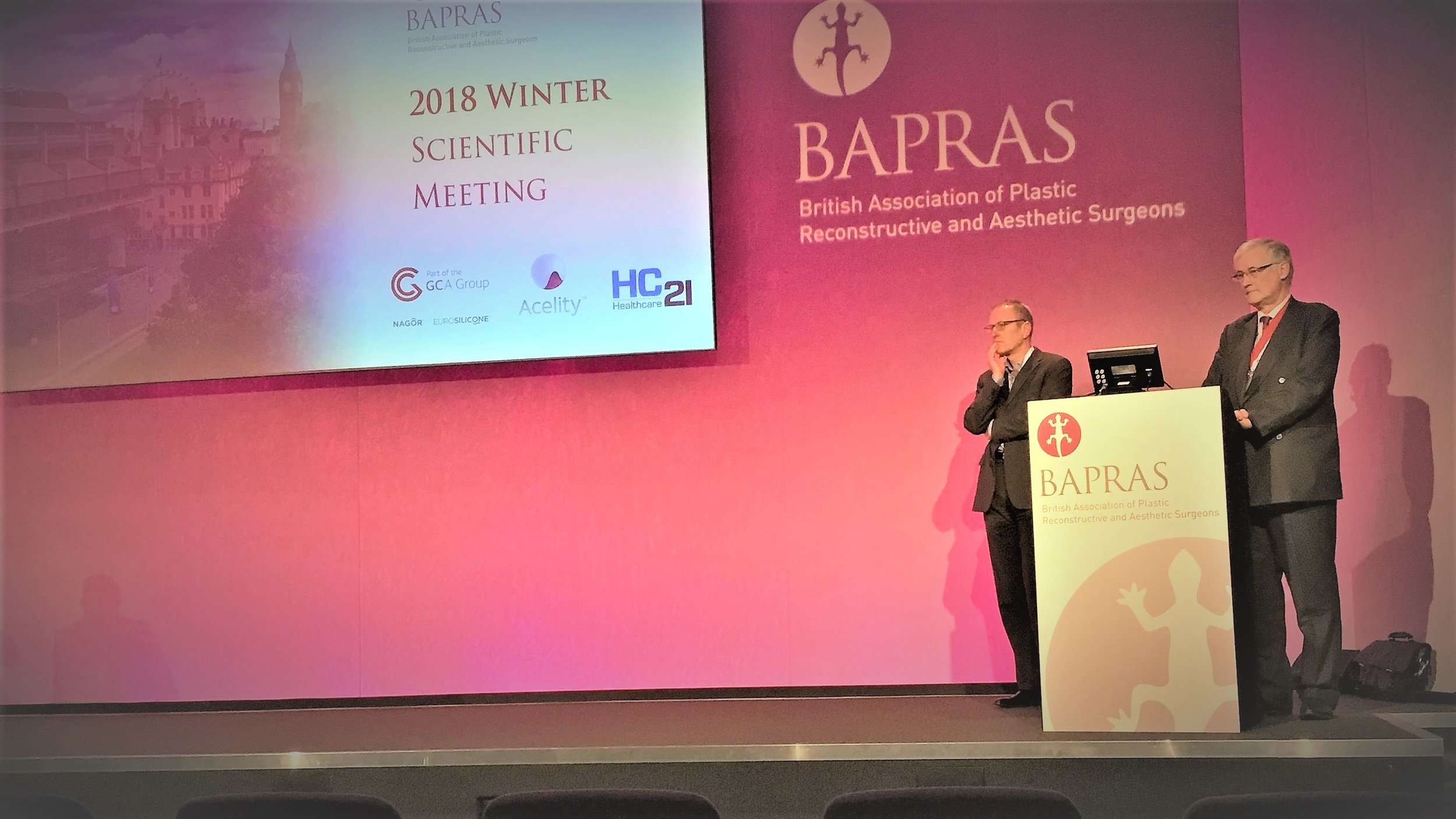 Co-chairing the session on Medicolegal at the BAPRAS Winter Meeting.jpg